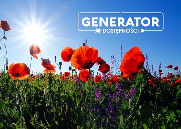 Zdjęcie przedstawia pole z makami i logotyp Generatora Dostępności